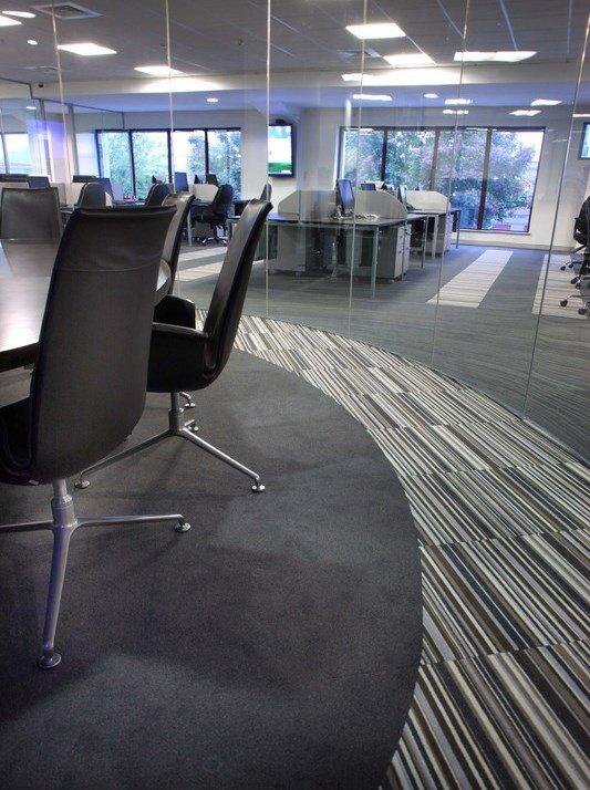 Aspectele esențiale în care trebuie să investești pentru un birou modern - ProConfortCarpet